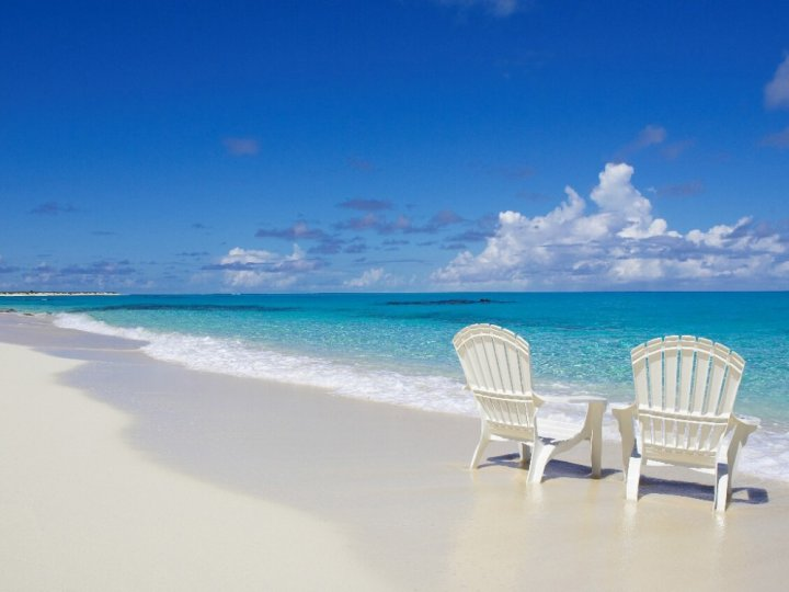 PEISAJE SPECTACULOASE! 12 plaje absolut incredibile din toată lumea pe care te simți ca-n Paradis (FOTO)