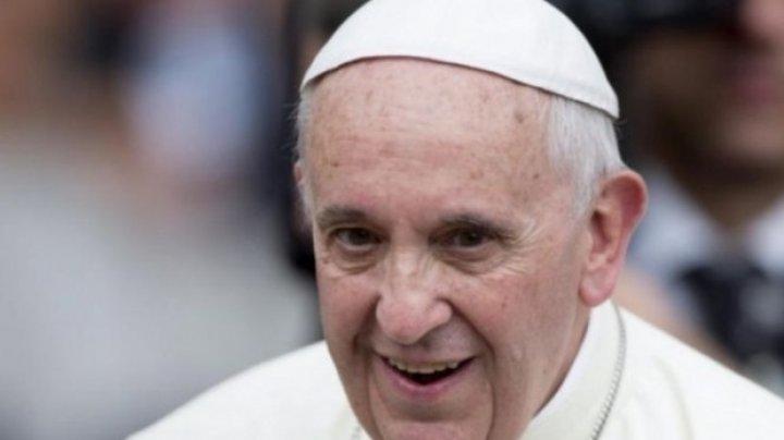 Vizita Papei Francisc în România va fi marcată de BNR, care va pune în circulaţie monede din aur