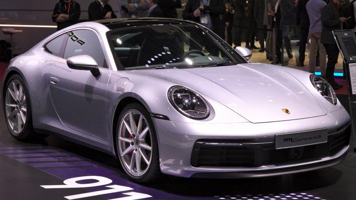 Percheziţii la mai multe sedii Porsche din Germania într-o anchetă privind FRAUDE