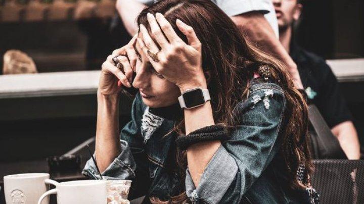 STUDIU: Stresul de la locul de muncă şi învăţatul intens accelerează procesul de îmbătrânire