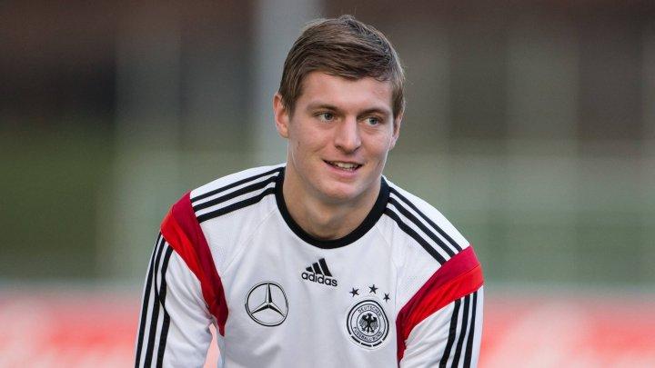 Internaţionalul german Toni Kroos şi-a prelungit contractul cu Real Madrid până în 2023