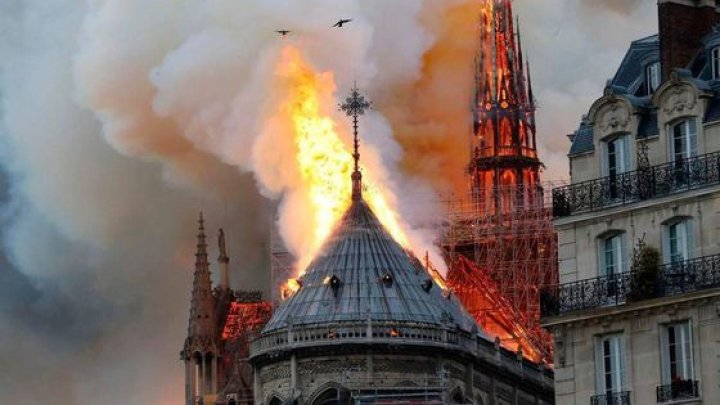 Parlamentul francez: Restaurarea Catedralei Notre-Dame va dura CINCI ani