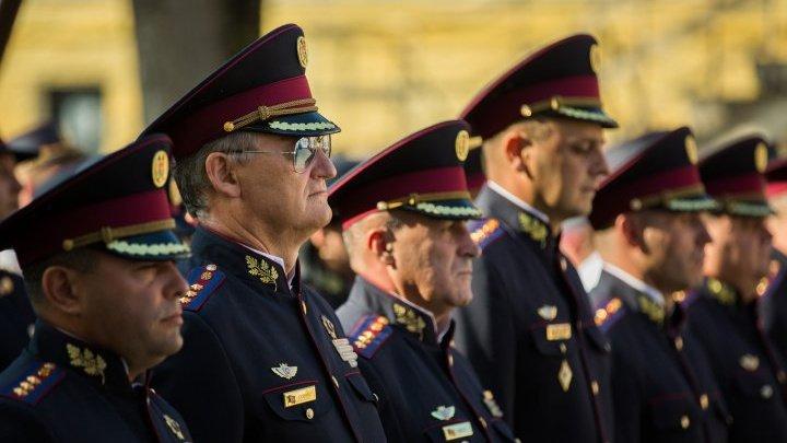 Deputaţii ACUM întăresc împuternicirile lui Igor Dodon. SPPS a trecut în subordinea şefului statului