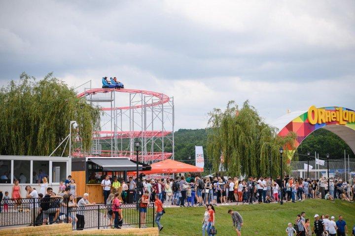 SENZAŢII TARI LA ORHEILAND. Primul roller coaster, deschis la Parcul din Orhei