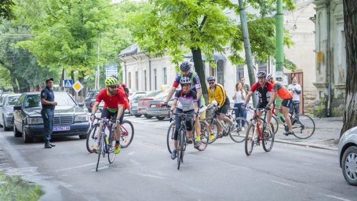 Participă la Hospice Bike Tour 2019 și descoperă Moldova şi România altfel