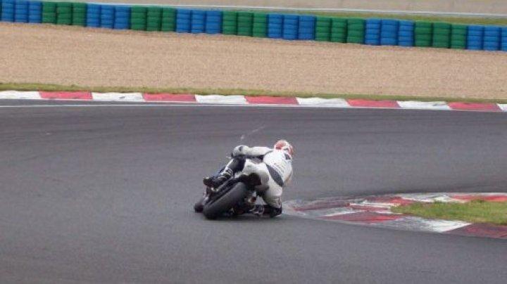 Accident teribil pe un circuit motociclistic, la o cursă de Superbike din Italia