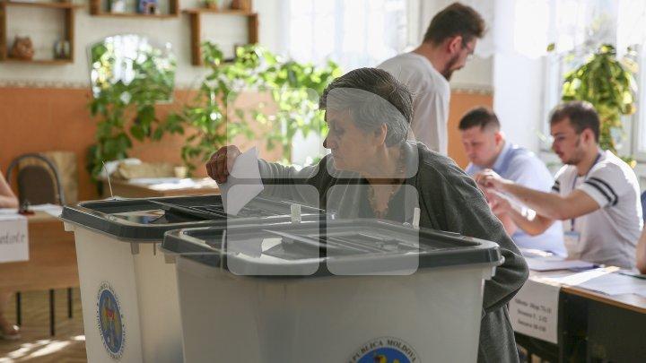 PARLAMENTUL A VOTAT: Alegerile locale vor avea loc pe 20 octombrie 2019