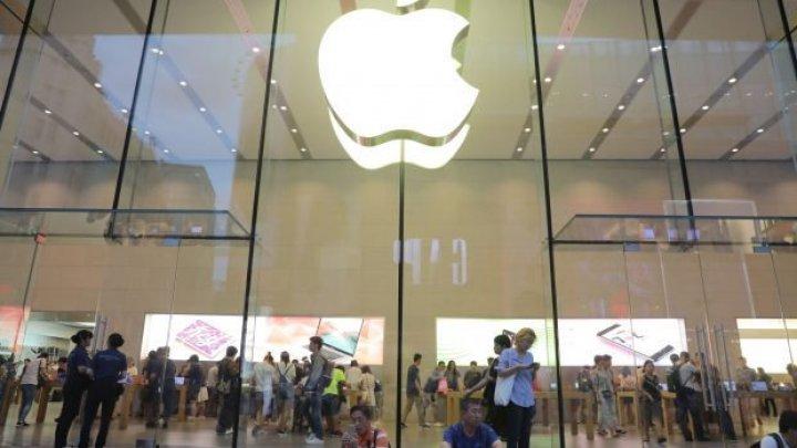 Compania Apple a pierdut 9 miliarde de dolari după plecarea lui Jony Ive