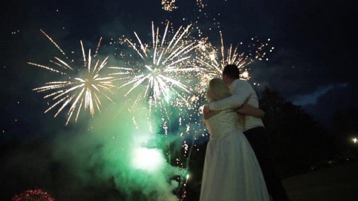Nuntă cu final tragic. Un om a murit în timp ce aprindea artificii