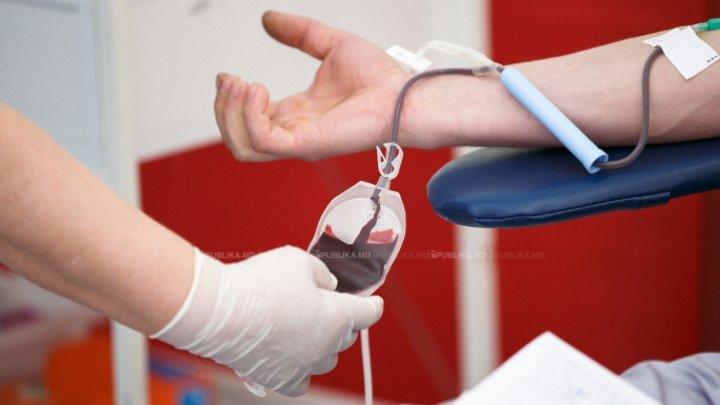 SOLIDARI în lupta cu virusul ucigaș. 1.060 de moldoveni care s-au vindecat de coronavirus au donat plasmă pentru pacienții cu forme grave de COVID-19