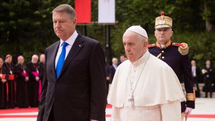 Prima zi din vizita Papei Francisc în România (FOTOREPORT)