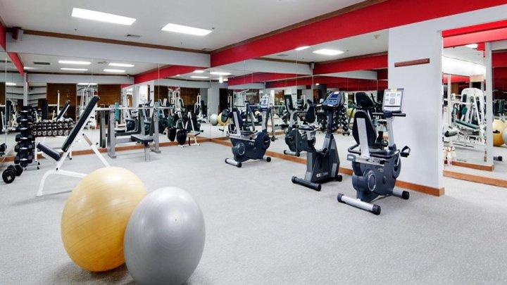 SALĂ DE SPORT MODERNĂ LA SAT. În satul Bravicea a fost deschisă o sală de fitness