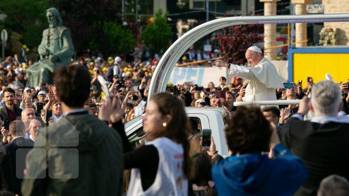 Declaraţie surprinzătoare făcută de Papa Francisc: Nu îmi place să călătoreasc