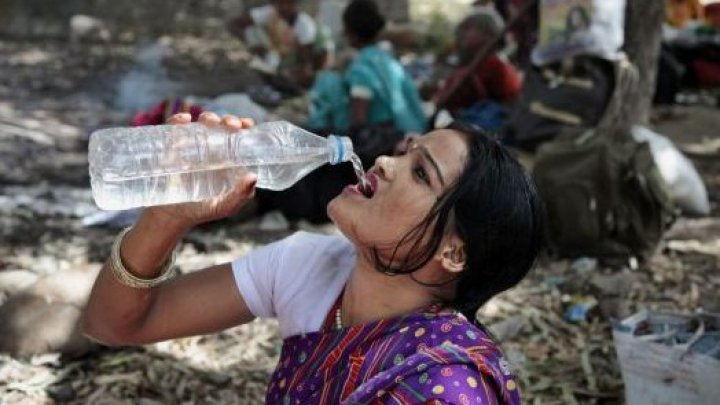 CĂLDURĂ EXTREMĂ în India: Cel puţin 49 de persoane au murit în ultimele 24 de ore