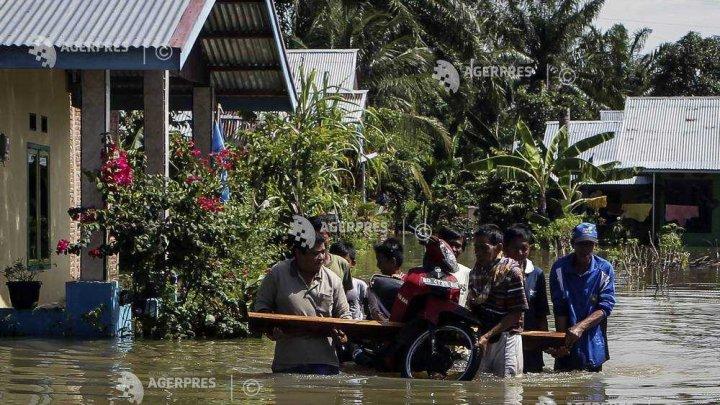 Inundaţiile au afectat zeci de mii de persoane în centrul Indoneziei