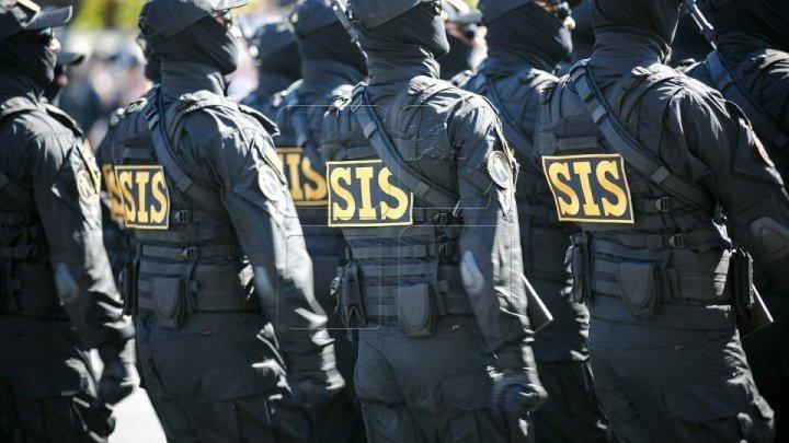 Ofiţerii SIS îi învaţă pe moldoveni cum să acţioneze în caz de un ACT TERORIST