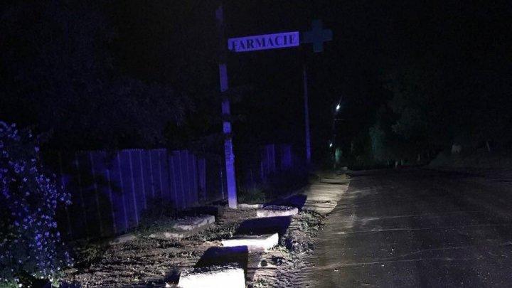 Accident fatal în satul Cojuşna. Un minor a murit în timp ce era transportat la spital (FOTO)