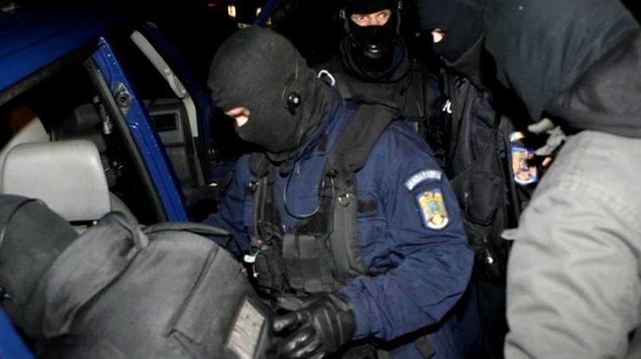 Un italian a fost păgubit de 600.000 de euro de un grup de români