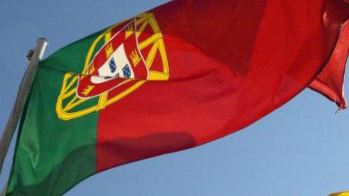 Portugalia încearcă să-şi readucă acasă diaspora, oferindu-le 6.500 de euro celor dispuşi să revină în ţară