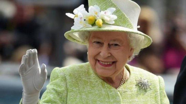 Salve de tun şi paradă spectaculoasă la Londra cu ocazia aniversării reginei Elisabeta