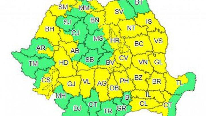 Vine FURTUNA?! ALERTĂ de ploi torenţiale, grindină şi vijelie în apropiere de Moldova