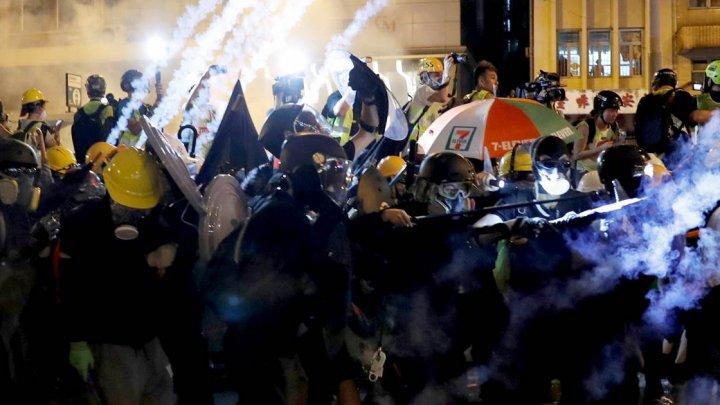 NOU PROTEST ÎN HONG KONG: Mii de oameni au protestat contra unui proiect de lege