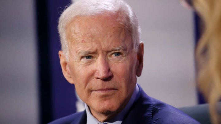 Dacă va fi ales, Joe Biden va convoca un summit mondial privind democraţia