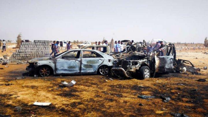 Libia: Cel puţin patru morţi într-un atentat cu o maşină-capcană la Benghazi