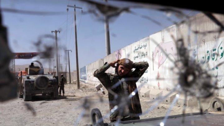 Trei soldaţi croaţi au fost răniţi la Kabul într-un atentat-sinucigaş revendicat de talibani