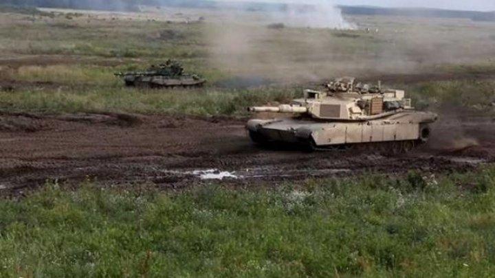 Confruntare între un tanc sovietic T-72M şi unul american Abrams, în Polonia (VIDEO)