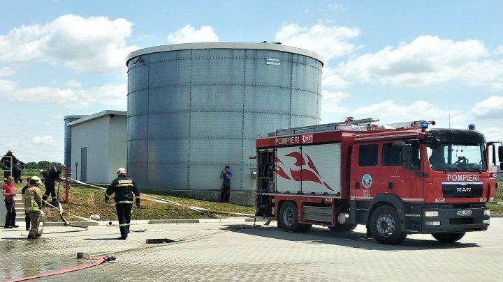 SIMULARE DE INCENDIU la Bălți și Cahul. Oamenii, evacuați de urgență (FOTO)