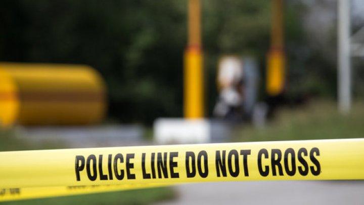 Încă un ATAC ARMAT în SUA: Un mort şi mai mulţi răniţ