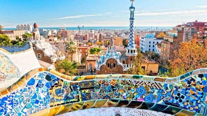 Primăria din Barcelona menţionează posibilitatea introducerii unei taxe pe traficul auto
