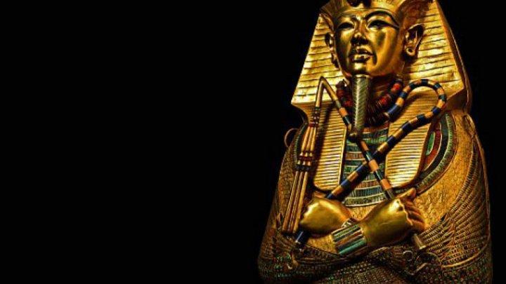 Tensiunile diplomatice dintre Egipt și Marea Britanie se acutizează. Bustul de piatră al lui Tutankhamon, vândut la licitaţie
