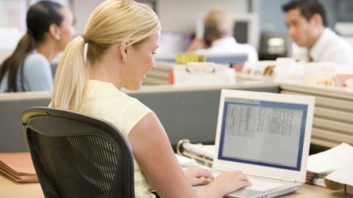 STUDIU: Femeile active pe piaţa muncii prezintă un risc mai scăzut de declin al memoriei ulterior pe parcursul vieţii