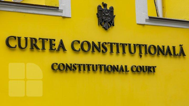CC a declarat neconstituţională legea privind statutul special al limbii ruse
