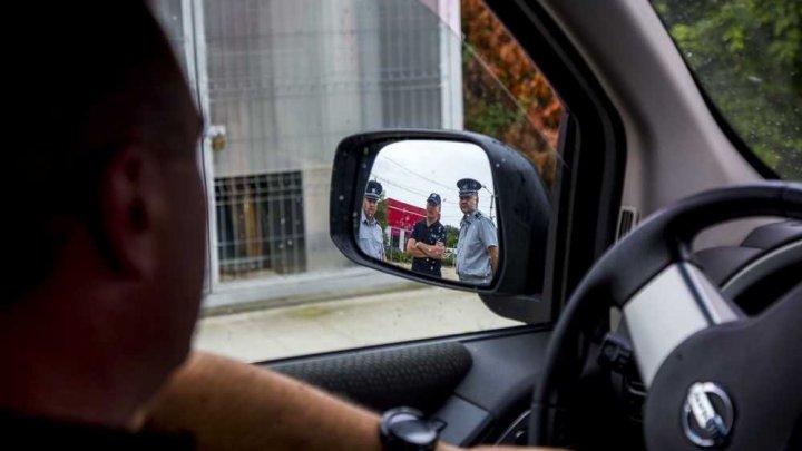 Situaţia la frontieră, în ultimele 24 de ore: 19 cetățeni moldoveni au fost deportați din UE