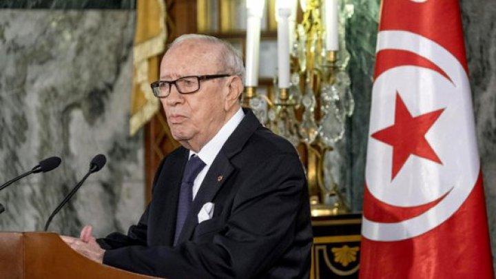 A murit preşedintele Tunisiei, Beji Caid Essebsi, primul şef al statului african ales în mod democratic