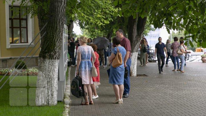 Mai mulți studenți rămân în Moldova. La Universitatea de Medicină s-au înscris 1 625 candidaţi