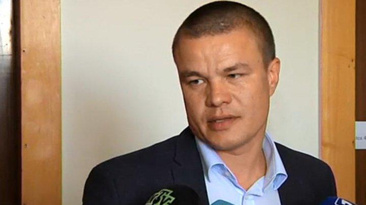 Promovarea cumetrilor în alianţa PSRM-ACUM continuă. ZdG spune că noul procuror general are legături cu Andrei Năstase