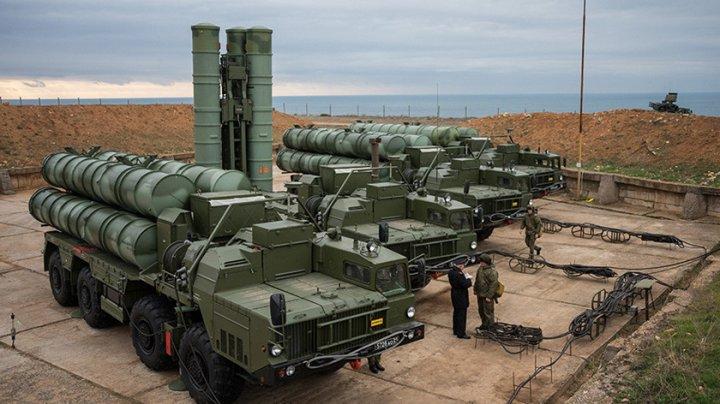 Rusia a trimis în Serbia o divizie de sisteme antirachetă S-400
