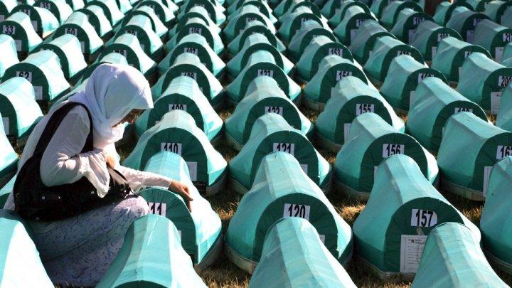 Curtea Supremă de la Haga a decis că Olanda este parţial responsabilă de uciderea a 300 de musulmani