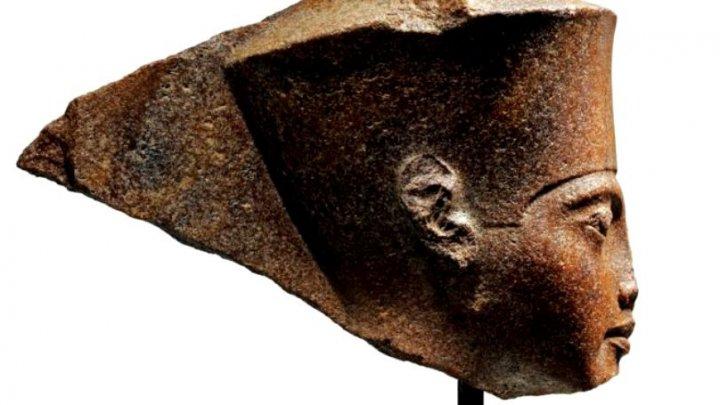 O sculptură a lui Tutankhamon s-a vândut cu 5,3 milioane de euro
