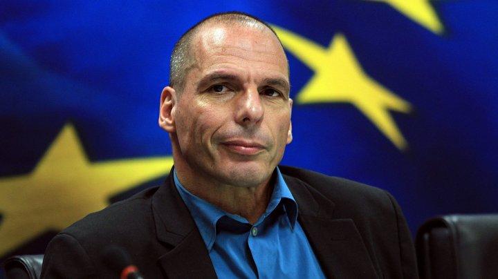 Yanis Varoufakis, implicat într-un scandal pe aeroportul Roissy din Paris