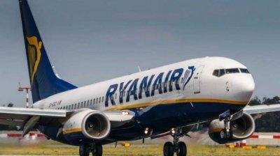 Ryanair a anunţat că va închide cele trei baze pe care le are pe Insulele Canare şi Girona. Situaţie care va afecta peste 500 de angajaţi