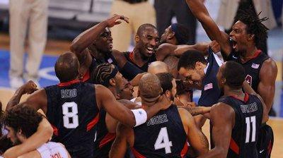 Echipa naţională de baschet a Statelor Unite ale Americii a suferit prima înfrângere din ultimii 13 ani