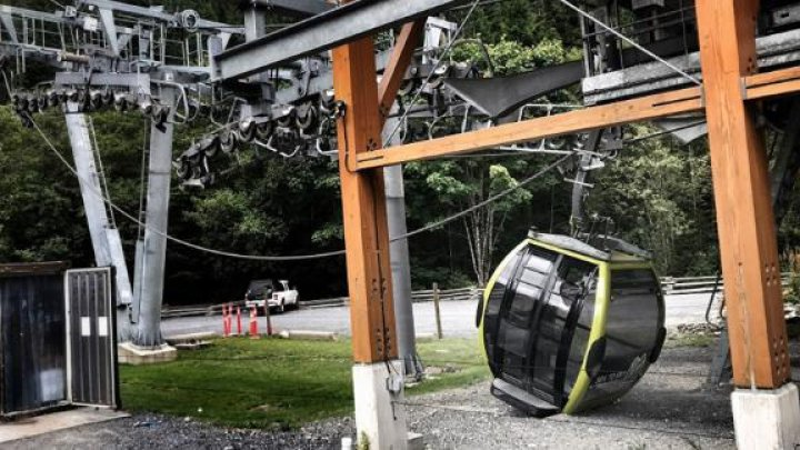 Caz șocant: 30 de cabine ale unei telegondole din Canada s-au prăbușit