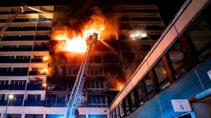 Incendiu puternic la un spital din Franța. Cel puţin o persoană a murit