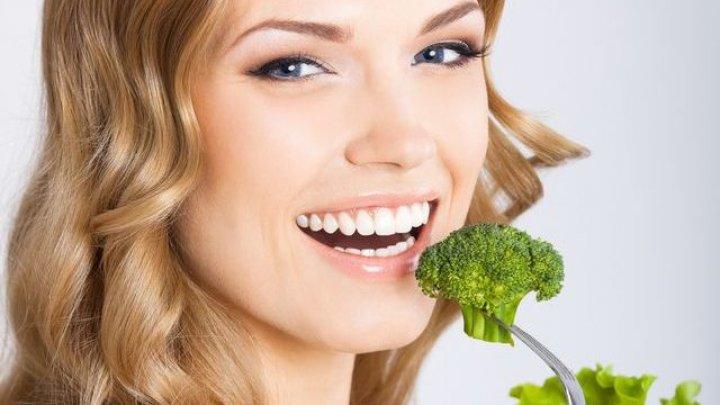 Bine de ştiut! 7 alimente care calmează inflamațiile și îți redau strălucirea