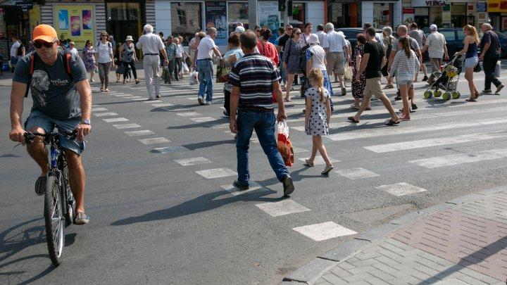 Ce spun moldovenii despre iniţiativa lui Andrei Năstase de a începe ziua de muncă la ora şapte